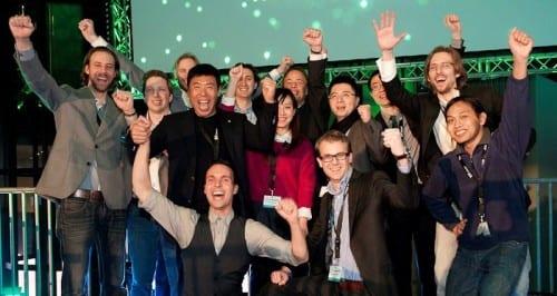 Bijzondere apotheose van #SBCDemoDay: Chinees investeert miljoen op podium