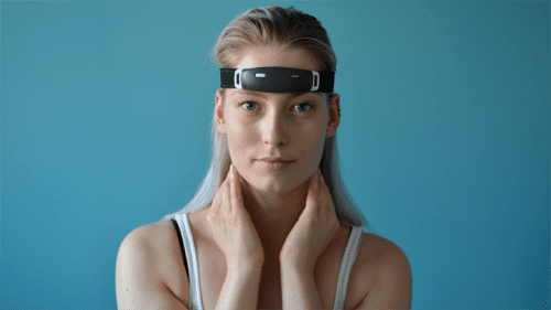 Dutch lucid dreaming device raises dream amount on Kickstarter