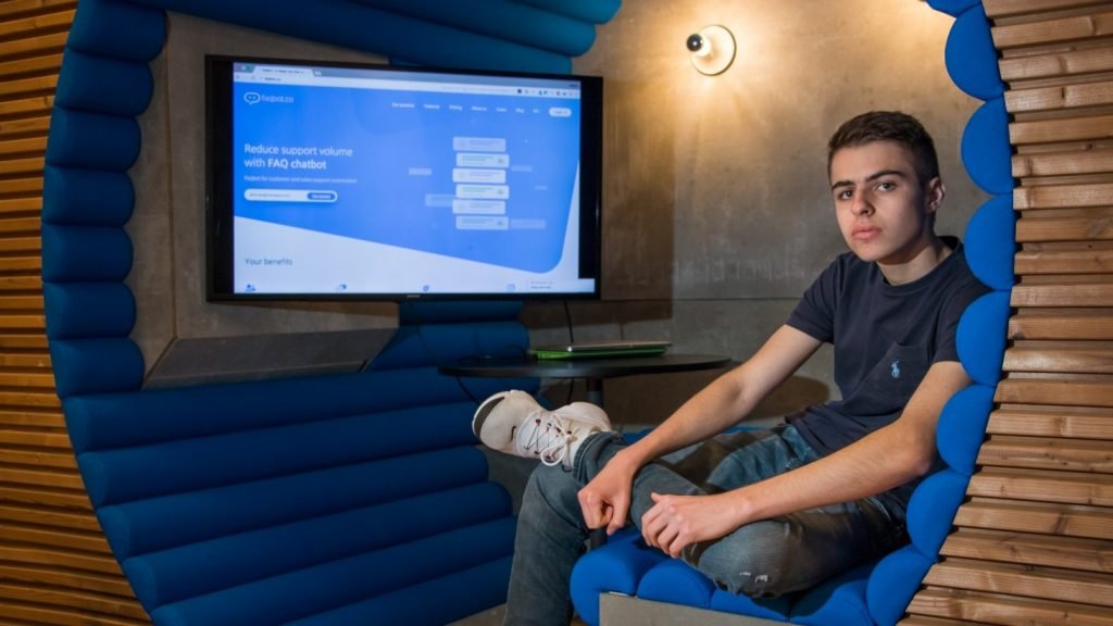 Faqbot: This 18 year old French high school dropout just launched a new AI chatbot platform