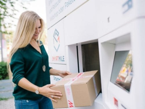 Dutch startup Smartmile opens smart and automated parcel station with MediaMarkt