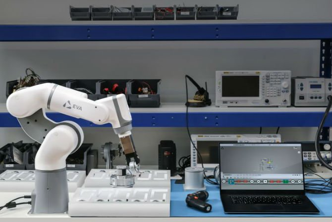A British startup has launched a robotic arm which will shake up the entire industrial robotics space