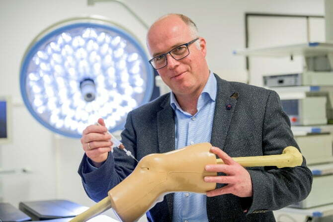 Dutch medtech startup Hy2Care raises €3.7M for hydrogel technology to repair cartilage defects in the knee