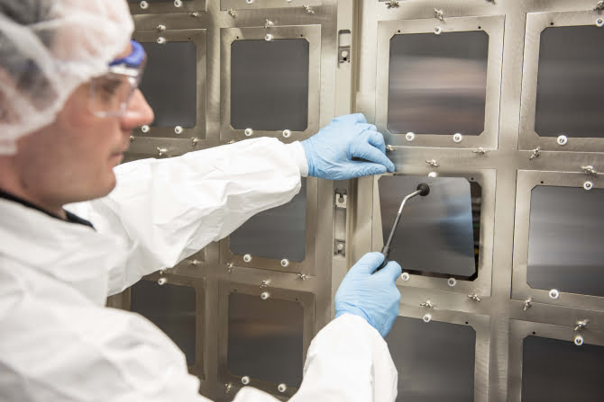 This Britain startup is building highly-efficient solar cells with perovskite technology