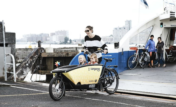 Meet Cargoroo: The Amsterdam startup which is the 'Uber' of electric cargo bikes!