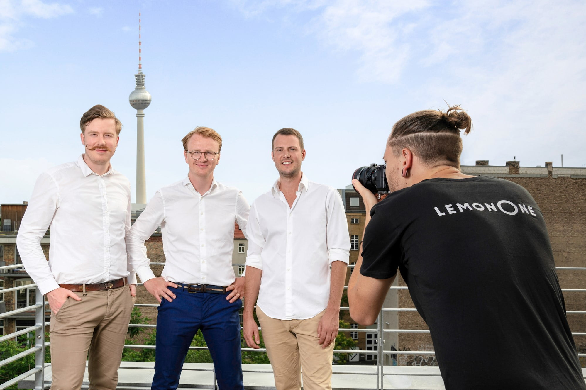 This Berlin-based startup ensures to provide businesses with professional photographers within 24 hours