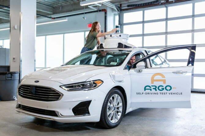 Volkswagen invests €2.3B in self-driving technology platform Argo AI