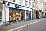 Just grab and go at this new HiFi Klubben store in the Netherlands