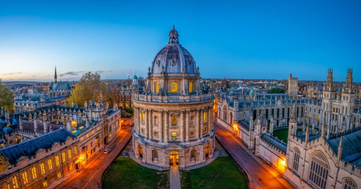 Oxford Travel Guide | Oxford Tourism - KAYAK | 628x1200
